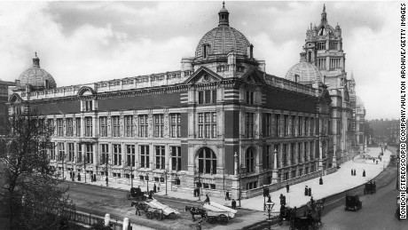 The Victoria and Albert Museum in South Kensington, London circa 1909