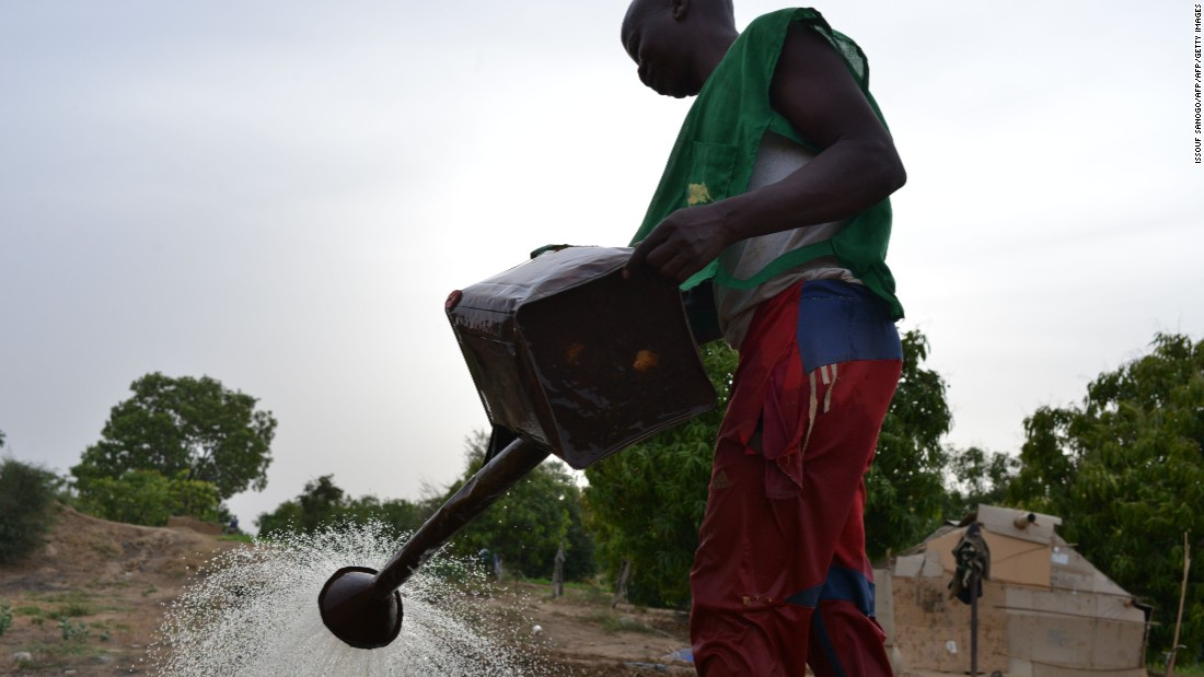However, many Chadian analysts have attacked the deal as an irresponsible waste of money at a time the nation's economy is contracting, and poverty is spreading, with widespread water shortages. <br /><br />Betel Miarom claims that LC2 Media is funding the deal, and denies that the government is spending public money.