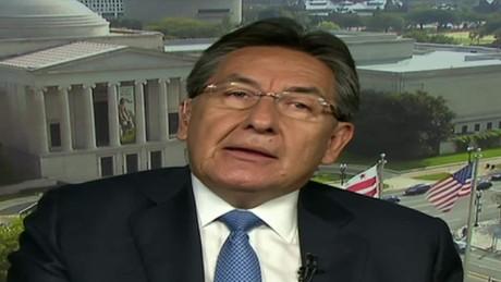 cnnee panorama entrevista fiscal colombia nestor humberto martinez fumigaciones aereas coca_00070022