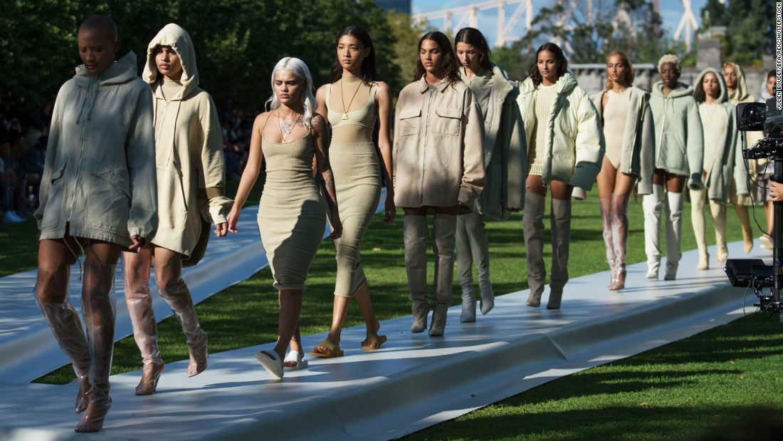 Kanye 39 S Yeezy Season 4 Show Gets Blistering Reviews Cnn