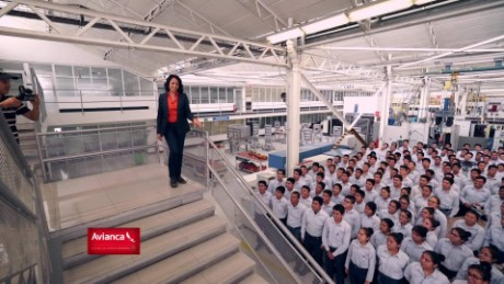 cnnee web promo fuerza en movimiento mexico automotriz volkswagen group academy_00001015