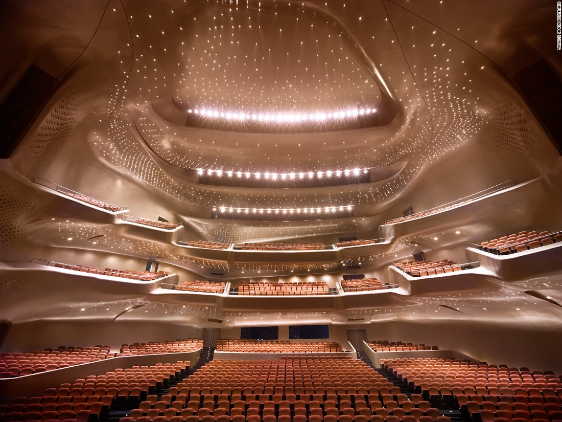 Built in 2010, China's riverside Guangzhou Opera House has the signature touch of the late Zaha Hadid. Its contoured profile was inspired by river valleys and the way they constantly change shape through the process of erosion. Constructed from 12,000 tons of steel, the Opera House includes an 1,800-seat and a 400-seat theatre, each of which are fitted with L-ACOUSTICS sound reinforcement systems, producing an acoustic character its chief sound engineer, Mr Zhou, describes as 'Not too dry and not too bright'.