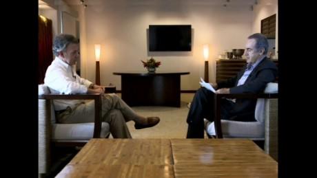 cnnee promo oppenheimer entrevista santos_00000825