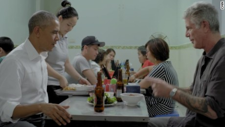 Bourdain teaches Obama the art of the noodle slurp