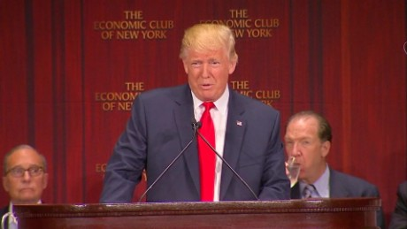 donald trump reacts to broken teleprompter origwx allee_00001124