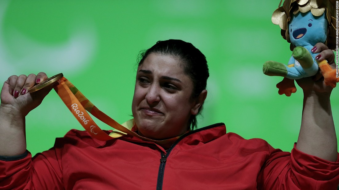 Gold medalist Randa Mahmoud of Egypt broke the Paralympic record for the women's -86kg Powerlifting .