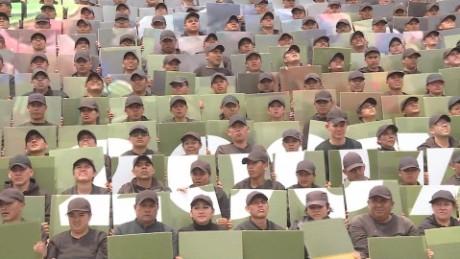 cnnee pkg krupskaia alis desfile militar 206 aniversario independencia mx_00020007