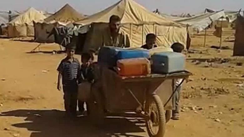 syria ghost refugee stranded desert karadsheh pkg_00003724