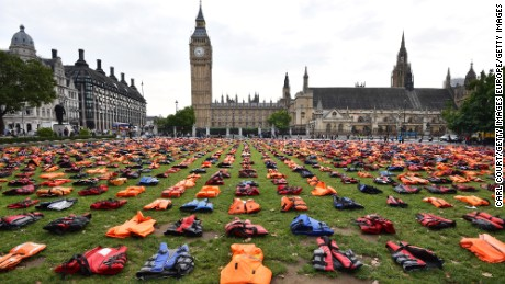 The jackets represent the thousands of refugees who have died trying to reach Europe since 2015.