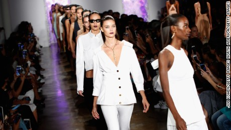 NEW YORK, NY - SEPTEMBER 11:  Models walk the runway at the Cushnie Et Ochs fashion show during Spring 2016 MADE Fashion Week at Milk Studios on September 11, 2015 in New York City.  (Photo by Joe Kohen/Getty Images)