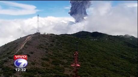 cnnee vo costa rica volcan turrialba erupcion_00002628