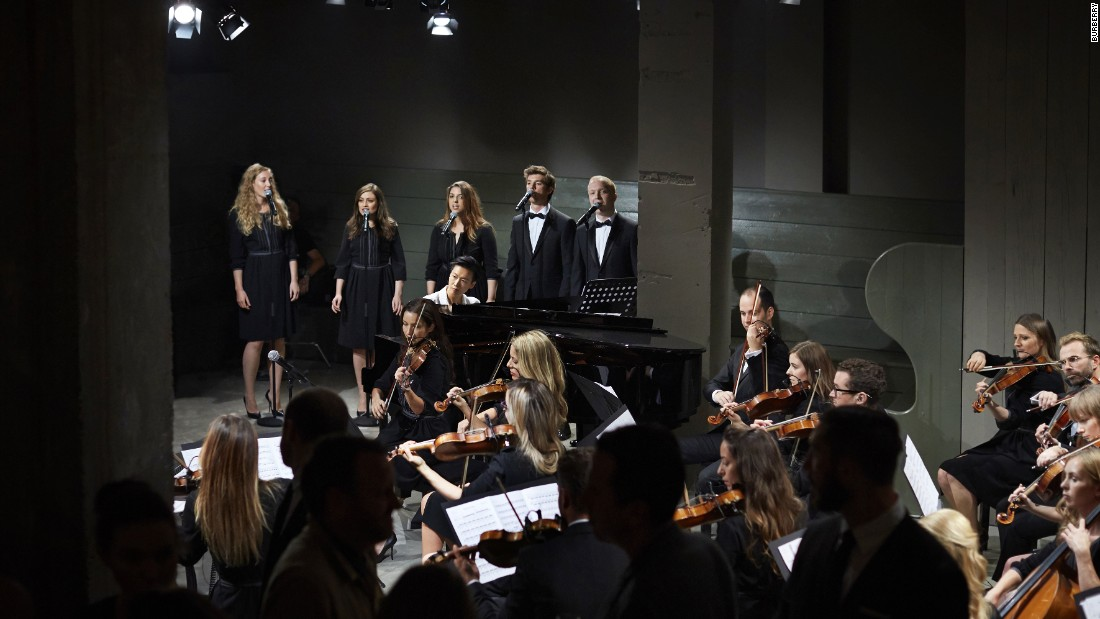 Models walked to the live soundtrack of a 21-piece orchestra that, accompanied by pianist Rosey Chan and vocalists, performed 'Reliquary' -- a score written by British composer Ilan Eshkeri, exclusively for the show.