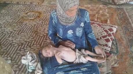 cnnee pkg jomana karadsheh refugiados fantasma frontera siria jordania desierto_00013805