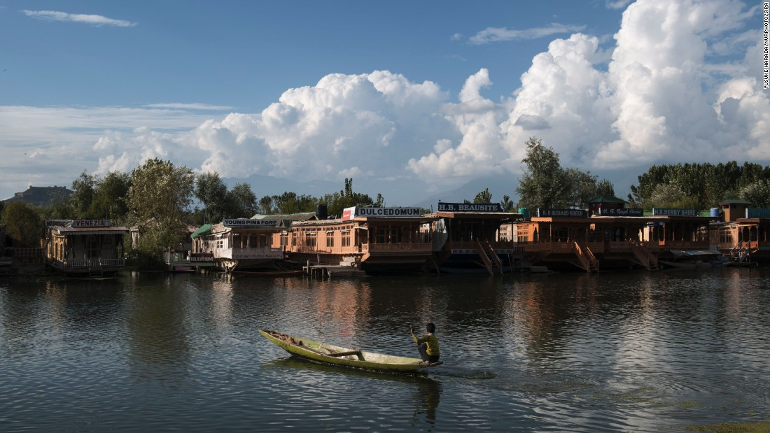 Lake Dal is one of the main attractions of Srinigar in the Himalayan region of Kashmir. Houseboats offering overnight accommodation to tourists are said to be the highlight of many visits.