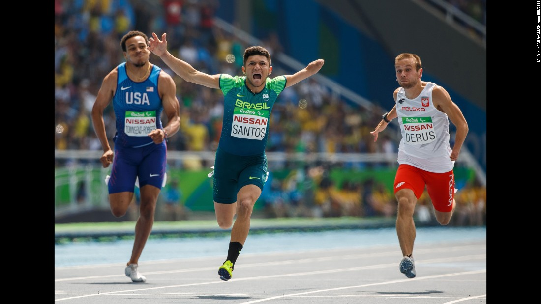 Brazil's Petrucio Ferreira dos Santos won gold in the 100 meters.