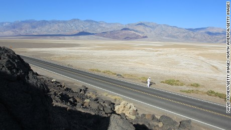 A lonely runner at Badwater