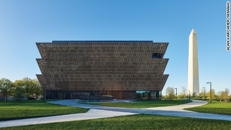 David Adjaye honored as new African American museum opens in Washington