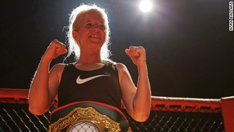 THIS IS LIFE WITH LISA LING 301: WOMEN WHO FIGHT  Malinda in the ring as the new Cage War Champion