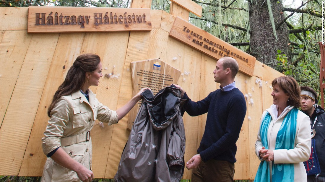 William and Catherine unveil a plaque in Bella Bella's Great Bear Rainforest on September 26.