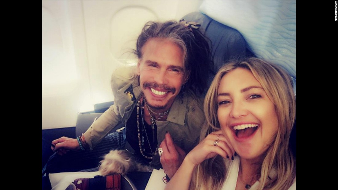"Actress Kate Hudson ran into rocker Steven Tyler on Wednesday, September 14. ""Best plane run in ever!"" <a href=""https://www.instagram.com/p/BKW6iRKAIGu/"" target=""_blank"">Hudson said on Instagram.</a> ""Love you Papa Steven."""