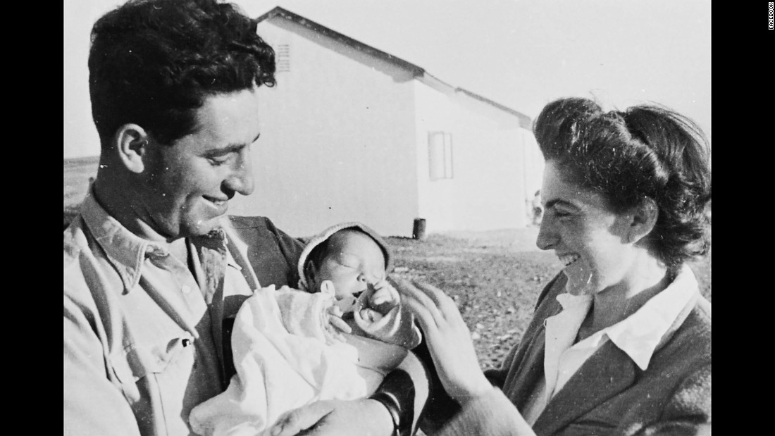 Peres is seen here with his wife Sonia Peres and daughter, Ziviah, in 1946. The couple also had two other children, sons Chemi Peres and Yoni Peres.
