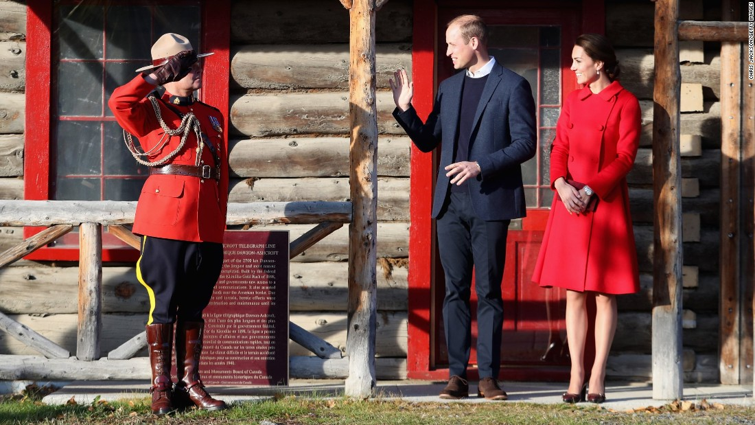 William and Catherine leave the McBride Museum in Whitehorse, Yukon, on September 28.