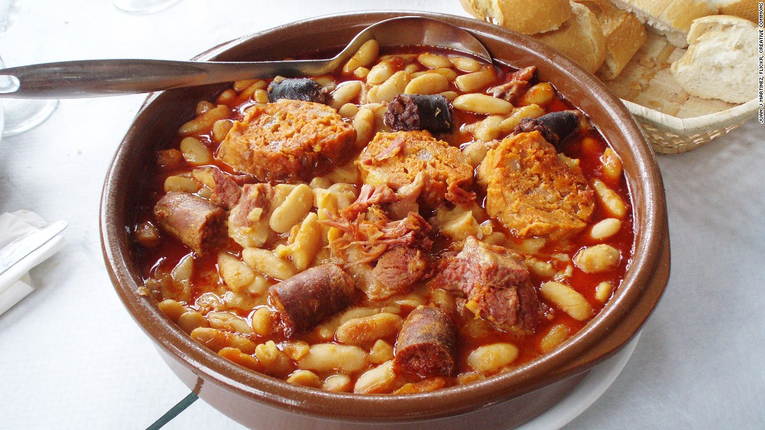 An Asturian favorite based around the white fabe bean, fabada is a one-pot feast usually served with a mixture of pork meats -- including chorizo, pork belly, bacon and Spanish blood sausage.