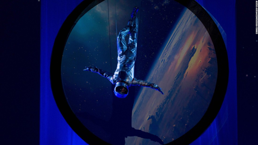 "An artist in an astronaut costume performs during the opening ceremony of the International Astronautical Congress, which took place Monday, September 26, in Guadalajara, Mexico. <a href=""http://www.cnn.com/2016/09/22/world/gallery/week-in-photos-0923/index.html"" target=""_blank"">See last week in 40 photos</a>"