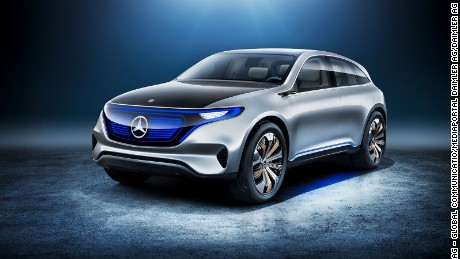 Mercedes shifts gears to make way for line of e-cars