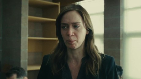 emily blunt girl on the train_00000205.jpg