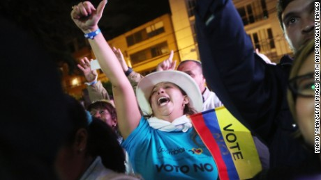 Colombian voters reject FARC peace deal