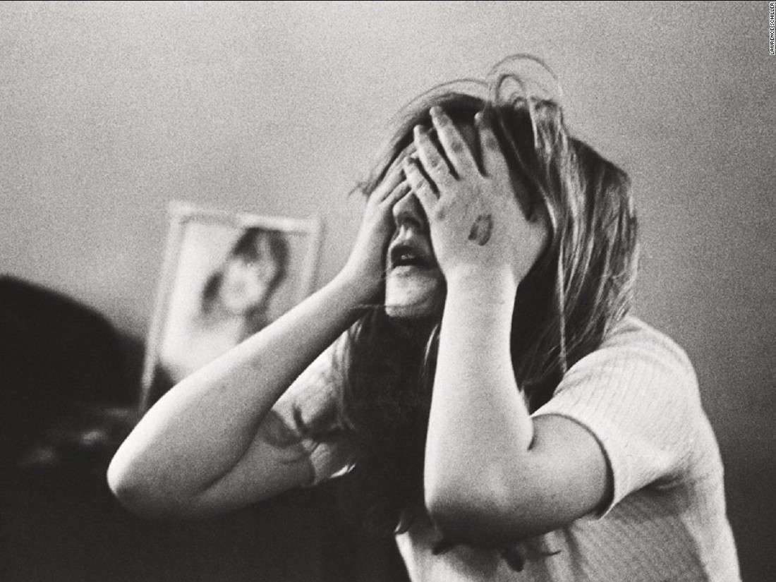 "A first-timer in the throes of a bad trip. ""I experienced the desire to die, but not actual death,"" she later said, ""very strongly the desire to rip my skin off and pull my hair out and pull my face off."" <br /><br />As the first national photojournalist to capture the American acid scene from the inside, Lawrence Schiller began with a single contact in Berkeley, California, and built a large network of young, receptive subjects who allowed him to document their private experiences with LSD."