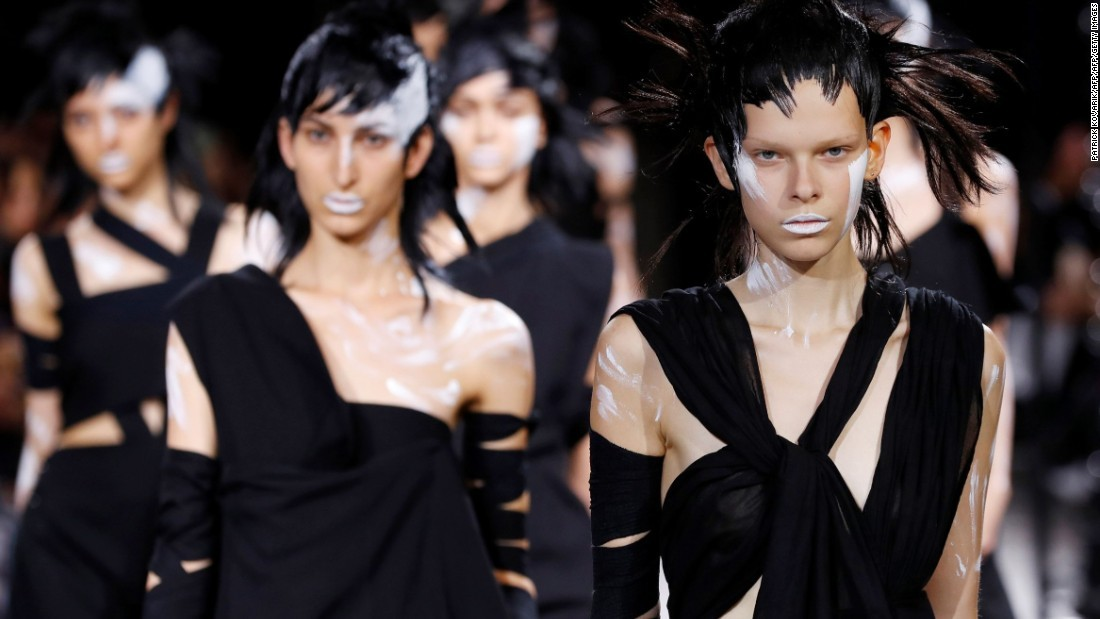 """Sophia Neophitou, editor-in-chief of <a href=""""http://www.10magazine.com/"""" target=""""_blank"""">10 Magazine</a>, shared some of her favorite moments from Paris Fashion Week with CNN Style. From Anthony Vaccarello's debut <a href=""""http://www.ysl.com/hk"""" target=""""_blank"""">Yves Saint Laurent</a> collection to a sneak peak with Victoria's Secret angel <a href=""""http://edition.cnn.com/2016/10/05/fashion/paris-fashion-week-ss17-sophia-neophitou-10-magazine/"""" target=""""_blank"""">Alessandra Ambrosio backstage at Balmain</a>, Paris Fashion Week is full of endless surprises."""
