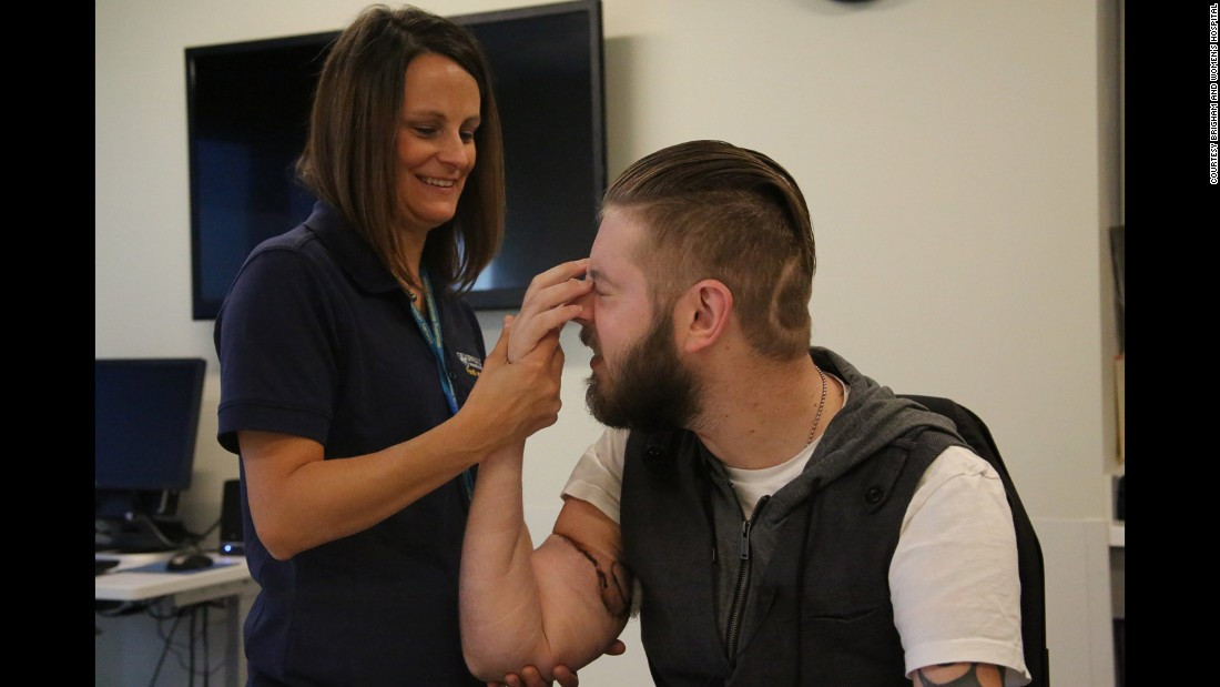 After the transplant, occupational therapist Tiffany Pritchett helped Peck with his recovery at the Spaulding Rehabilitation Network.