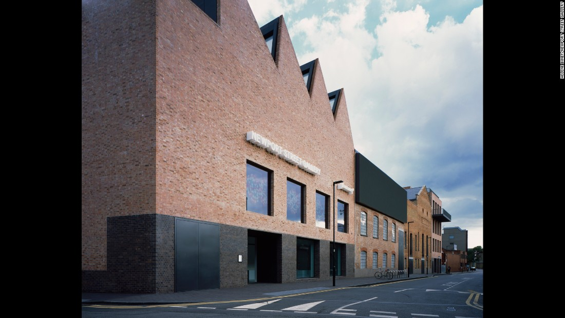 Damien Hirst's Newport Street Gallery has won the highly coveted 2016 RIBA Stirling Prize for the UK's best new building.
