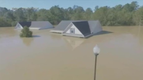 man sees brothers house on twitter flood pkg_00012229