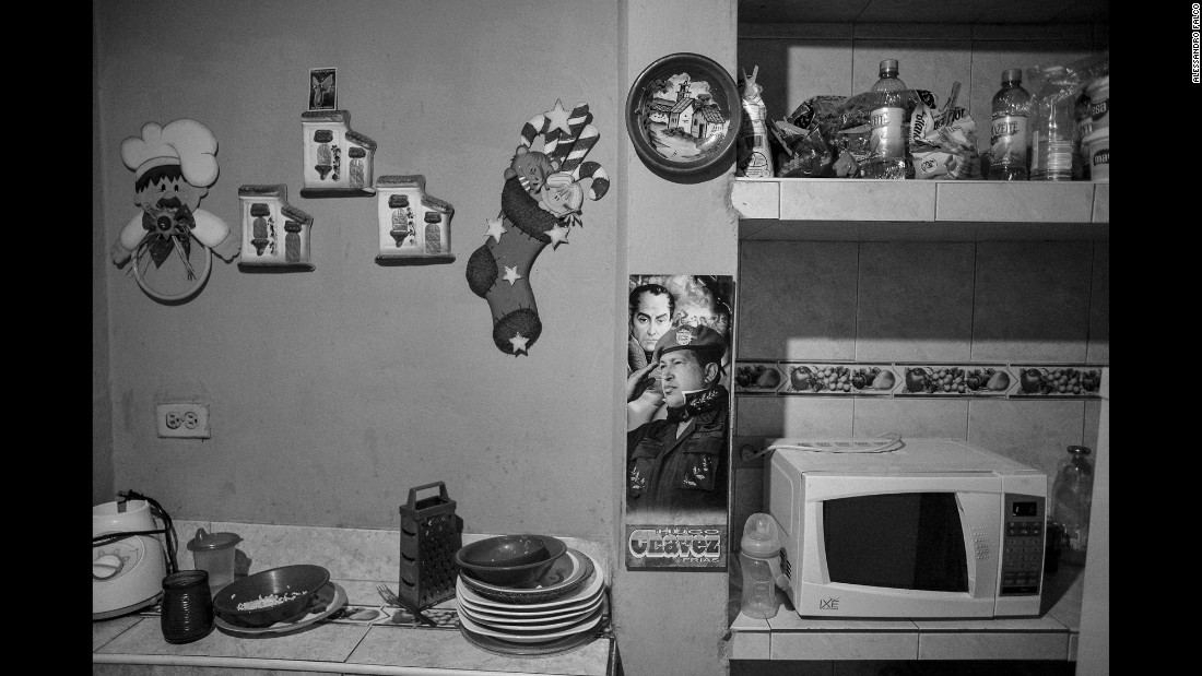 A kitchen in the Pinto Salinas neighborhood of Caracas.