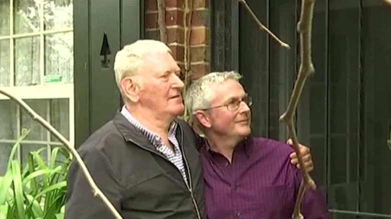 gay marriage australia pkg lu stout_00021804