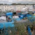 01 Calais Camp 1012