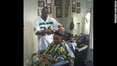 Barber Ypsilanti : Michigan barbershop gives kids a discount for reading out loud