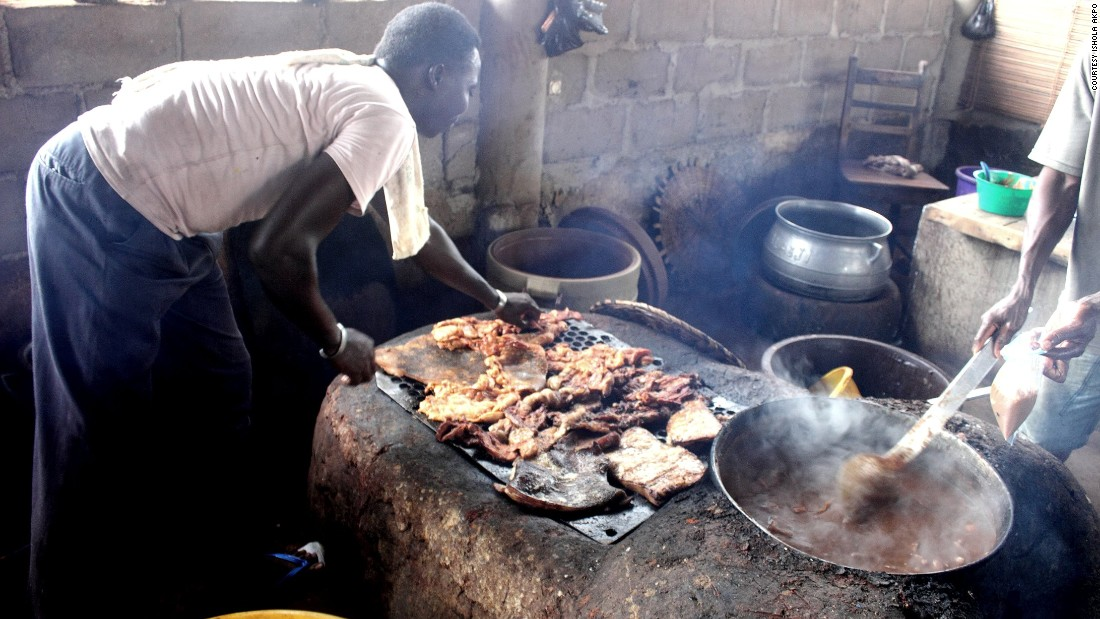 As part of the 2013 Urban Connections program at the French Institute in Paris, Akpo looked at street food venues within Porto Novo, the administrative capital of the Republic of Benin.