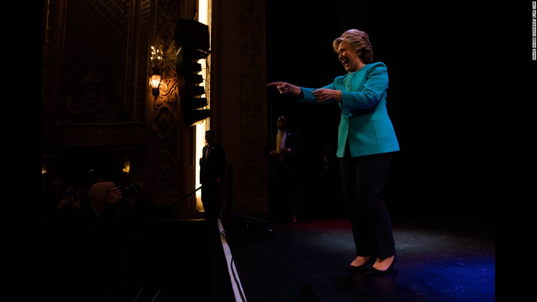Clinton headlines a fundraiser in Seattle on October 14.