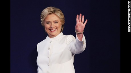 Clinton debunks stereotypes, again