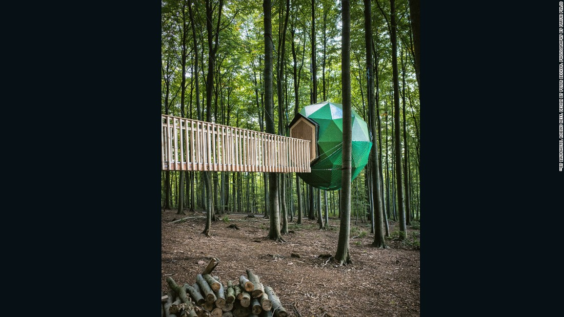 Architect Peter Becker created this tree-house structure during a six-month hiatus from his city life. The collection of small tree houses is held together by a series of hanging walkways.