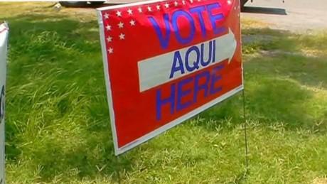 cnnee pkg gustavo valdes cuny apatia texas voto latino_00004328