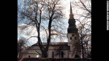 The non-religious cemetery is located next to the Church of Sweden's Stora Tuna church