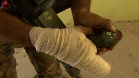 iraq bomb disposal michael holmes pkg_00010809