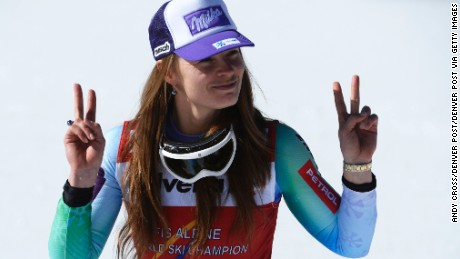 Golden girl Tina Maze quits skiing