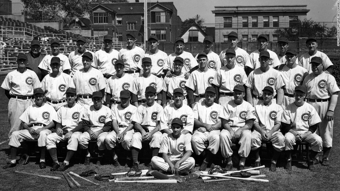 The Chicago Cubs pose for a team portrait prior to the World Series against the Detroit Tigers on October 1, 1945.<br />