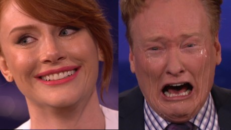 Conan Bryce Dallas Howard cry_00000000